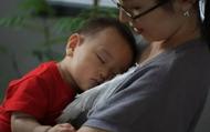 Khác biệt rõ rệt giữa một đứa trẻ tự ngủ và đứa trẻ cần dỗ dành mới ngủ được, không chỉ là IQ mà còn nhiều yếu tố khác