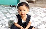 """Mẹ bé trai 2 tuổi mất tích bí ẩn trắng đêm tìm kiếm con: 'Không biết con giờ sống chết ra sao"""""""