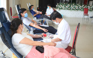 Huế: Hàng trăm đoàn viên hiến máu cứu người giữa mùa dịch