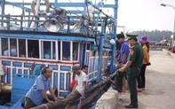 Tàu cá ngư dân Quảng Nam bị đâm suýt chìm trên biển Hoàng Sa