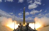 """""""Thổi bay"""" hiệp ước hạt nhân Nga: Mỹ nhắm mục tiêu Trung Quốc?"""