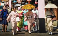 """Vẻ đẹp của Kyoto """"lâm nguy"""" trước quá tải du khách"""