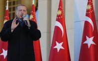 """Báo Mỹ: Đừng để Thổ """"trở mình"""" sang Nga"""