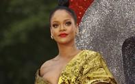 """""""Chị đại"""" Rihanna bất ngờ gắt, """"cấm tiệt"""" liên hệ giữa fan và Tổng thống Trump"""