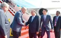 Thủ tướng bắt đầu chuyến tham dự tham dự Hội nghị cấp cao APEC lần thứ 26