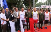"""Hơn 1.000 """"vận động viên"""" của Việt Nam – Nhật Bản tham dự Giải chạy tiếp sức Kizuna Ekiden 2018"""