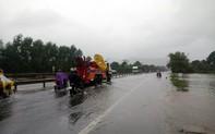 Ngập cục bộ, nhiều địa phương tại Thừa Thiên - Huế cho học sinh nghỉ học