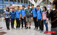 Đội tuyển Việt Nam ra sân bay trở về Việt Nam chuẩn bị cho trận đón tiếp tuyển Malaysia tại chảo lửa Mỹ Đình