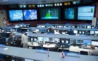 """Mệt mỏi vì bị các fan của người sắt Tony """"khủng bố"""", NASA đã đáp ứng yêu cầu giải cứu Iron Man?"""