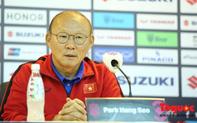 HLV Park Hang-Seo bày tỏ mong muốn các CĐV Việt Nam sẽ mang lại một không khí tuyệt vời như các CĐV Malaysia