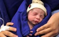 Hy vọng mới cho bố mẹ vô sinh: Em bé ra đời từ cấy ghép tử cung người đã chết