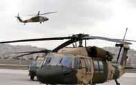 """""""Bất lực"""" với trực thăng Nga, Philipines đành quay sang Mỹ"""