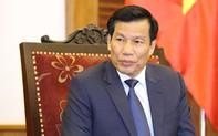 Bộ trưởng Nguyễn Ngọc Thiện động viên đội tuyển Việt Nam trước khi bước vào vòng bán kết AFF U22 Cup