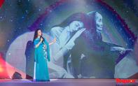 """Những hình ảnh đặc sắc trong chương trình nghệ thuật """"Huyền thoại Mẹ"""", món quà ý nghĩa nhân ngày 20/10"""