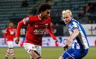 HLV Heerenveen lí giải cho quyết định để Văn Hậu ngoài sân