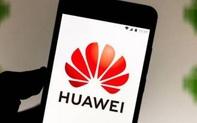 """Bất ngờ thưởng """"khủng"""" cho nhân viên, Huawei tung chiêu """"tuyên chiến"""" với Mỹ?"""