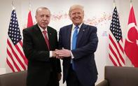 """Vén màn """"tình huynh đệ"""" TT Trump- TT Erdogan: Đủ để níu kéo quan hệ bên bờ vực đổ vỡ Mỹ, Thổ?"""