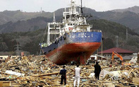Nhập khẩu, phá dỡ tàu biển đã qua sử dụng phải bảo đảm an toàn hàng hải, bảo vệ sức khỏe con người và môi trường