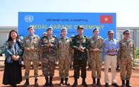 """Liên Hợp Quốc trao tặng Huy chương vì sự nghiệp Gìn giữ hòa bình cho các """"sứ giả"""" của Việt Nam"""