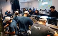 """""""Thổi bùng"""" dịch vụ giao hàng, nhiều nhà hàng Mỹ loại bỏ phòng ăn"""