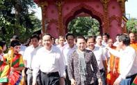 Chủ tịch Quốc hội dự Ngày hội Đại đoàn kết tại Trà Vinh
