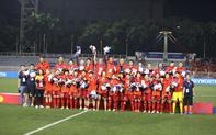 Vô địch SEA Games 30, HLV Mai Đức Chung được tặng 1 xe VinFast Lux A2.0 phiên bản cao cấp trị giá 1,35 tỷ đồng