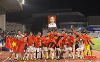 Khoảnh khắc lịch sử của bóng đá Việt Nam khi giành HCV SEA Games