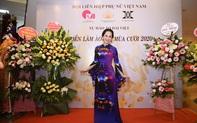 Mẹ chồng Lan Hương khoe vòng eo thon vượt mặt đàn em tại Triển lãm áo dài mùa cưới