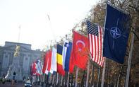 """Bất ngờ tạo """"biến căng"""", Tổng thống Trump làm lu mờ mọi nỗ lực gắn kết của NATO"""