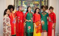 Ngọc Hân trình diễn áo dài tại New York