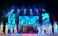 Đêm tỏa hương sắc của nữ sinh Đại học Văn hóa Hà Nội