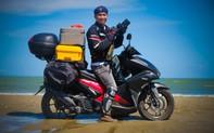 """Nhiếp ảnh gia Nguyễn Việt Hùng: """"Tôi bị sốc bởi tiếng vo ve của đàn ruồi từ bãi rác cạnh bãi biển"""""""