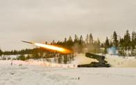 """Nga-Mỹ động binh """"rằn mặt"""": Đối đầu khoe sức mạnh vũ khí siêu phàm?"""
