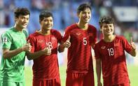 Danh hài Chiến Thắng làm thơ tặng đội tuyển U23 Việt Nam trong trận đấu gặp Thái Lan