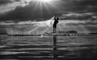 """""""Việt Nam hôm nay"""" trong mắt những nhiếp ảnh trẻ"""