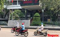 Người dân Thủ đô méo mặt với cái nóng đầu hè 41 độ C