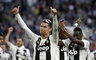 """""""Nóng mặt"""" từ các phiền toái, Ronaldo vượt rào đáp trả tương xứng?"""