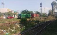 Nam thanh niên nằm trên đường ray bị tàu hỏa tông tử vong