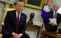 """""""Vừa xoa vừa đấm"""" đội ngũ cố vấn, Tổng thống Trump khẳng định ai mới là chính trong căng thẳng Iran"""
