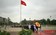 Lãnh đạo Đảng, Nhà nước vào Lăng viếng Chủ tịch Hồ Chí Minh trước kỳ họp Quốc hội
