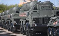 """Cận kề ngày S-400 cập bến Thổ Nhĩ Kỳ, Mỹ """"đau đầu"""" đòn trừng phạt Ankara"""