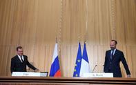 Tín hiệu gì từ gặp gỡ trực tiếp bất ngờ Nga – Pháp?
