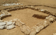 Kì bí nhà thờ cổ giữa sa mạc Israel