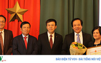 Vinh danh tác giả biên soạn bộ Đại từ điển giáo khoa Séc - Việt