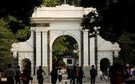 """Bắt sinh viên """"quét mặt"""" để nhập học, Trung Quốc muốn chứng tỏ gì?"""