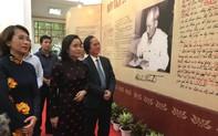 Giới thiệu gần 700 tư liệu về 50 năm thực hiện Di chúc Chủ tịch Hồ Chí Minh