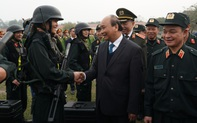 Thủ tướng: Cảnh sát cơ động gắn bó hơn nữa với nhân dân để bảo vệ quyền lợi chính đáng của người dân