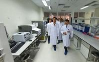 Sát ngày Tết: Phó Thủ tướng đi kiểm tra công tác đáp ứng với dịch bệnh viêm phổi cấp do virus corona
