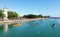 Đua thuyền truyền thống mừng Đảng, mừng Xuân Canh Tý