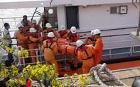Cứu thuyền viên tàu nước ngoài gặp nạn trên biển